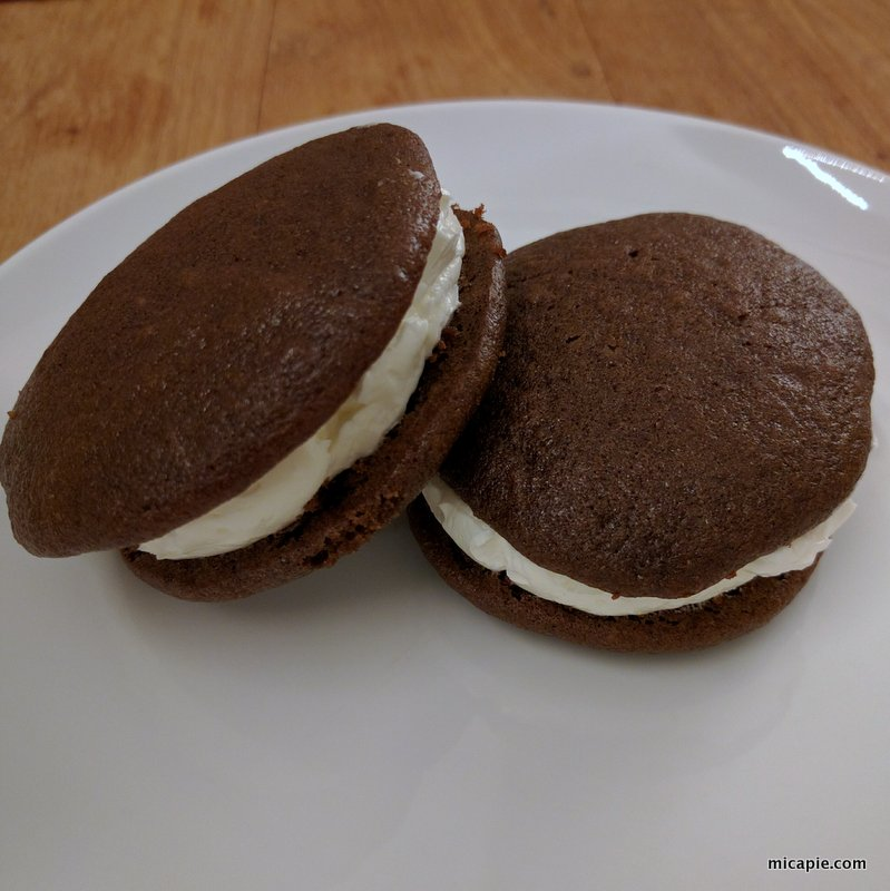 finished whoopie pies