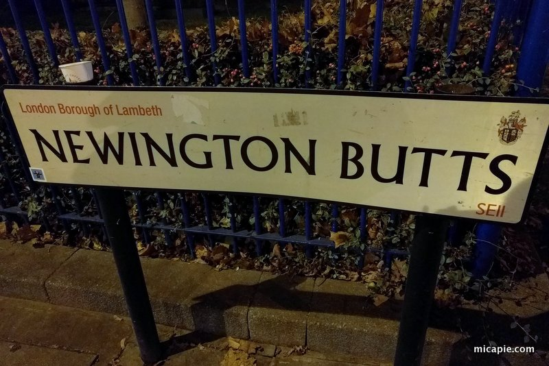 Newington Butts sign